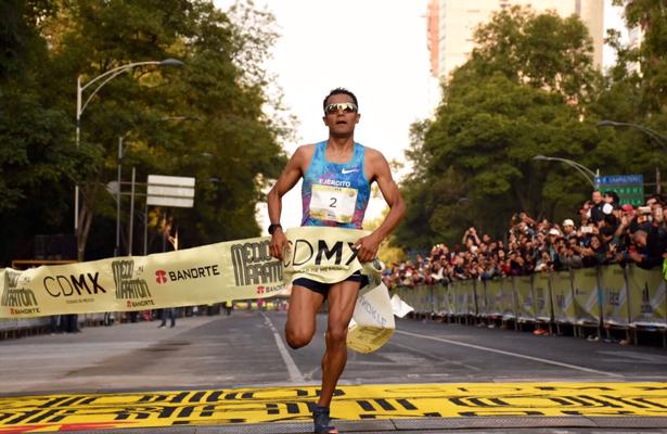 Mexicano es ganador del Medio Maratón de la Ciudad de México