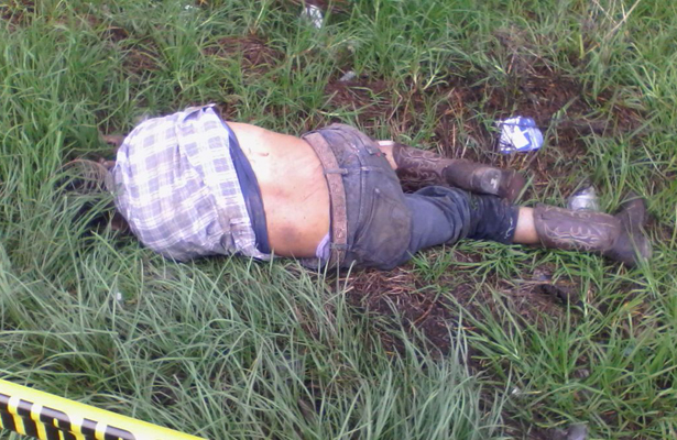 Camión lo atropella y mata, en la carretera federal México-Tulancingo