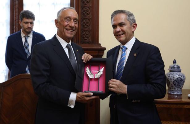 Nombra Jefe de Gobierno huésped distinguido al Presidente Portugal