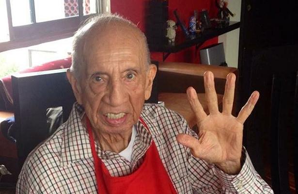 Muere a los 90 años de edad, Héctor Lechuga