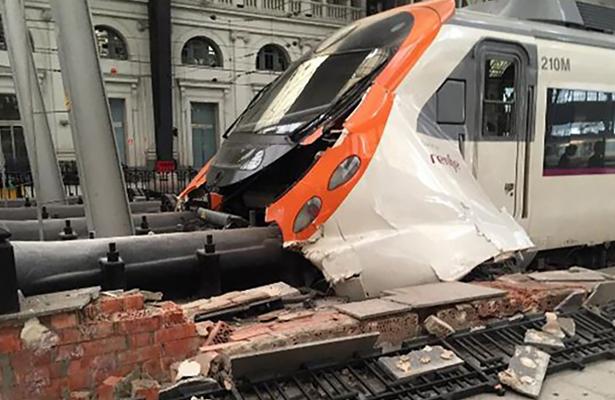 Trenazo en España deja 56 heridos