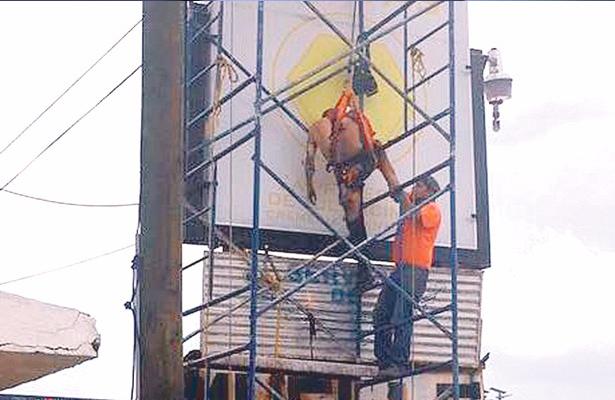 Se electrocutan al colocar publicidad en Hidalgo
