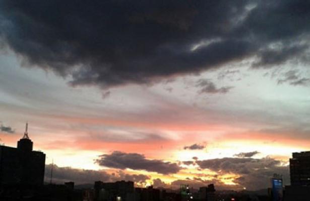 Prevén lluvias vespertinas en el Valle de México