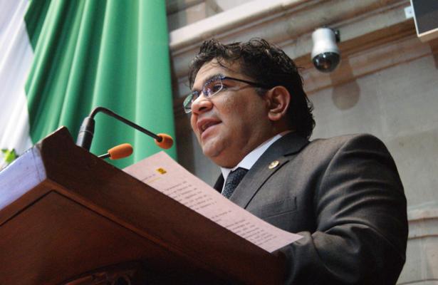 Demanda diputado no prohibir el servicio de los mototaxis