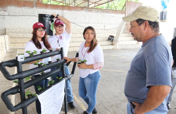 Brigada del IPN ofrece apoyo a comunidades de bajos recursos en Michoacán