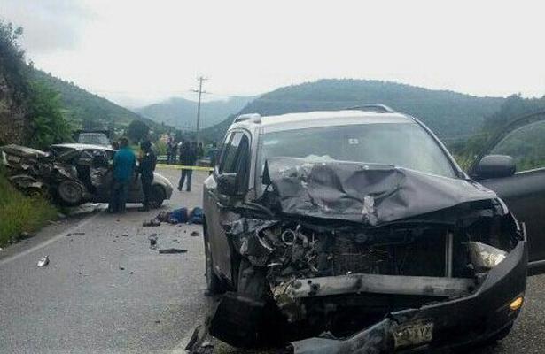 Tres muertos deja accidente automovilístico en Oaxaca