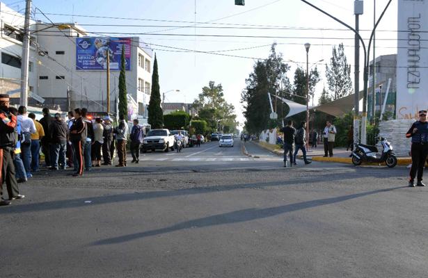 Permiten instalación de comerciantes den tianguis de San Juan