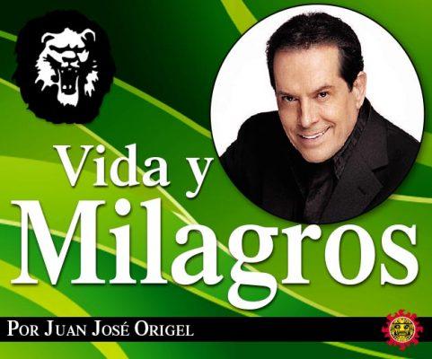 José José recibe la ovación del público en las Noches Bohemias Guanajuatenses