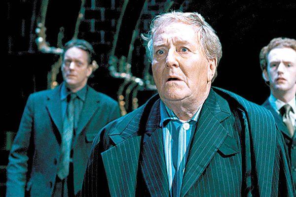 """Muere a los 91 años Robert Hardy, actor de cintas de """"Harry Potter"""""""