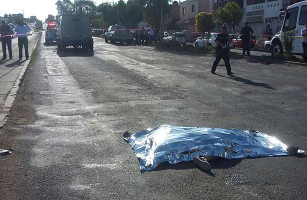 Sexagenaria muere atropellada por una camioneta de valores