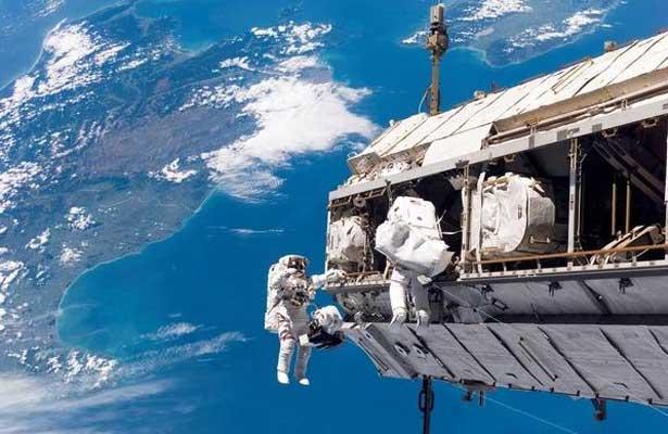 Mexicanos crean chaleco que monitorea signos vitales de astronautas
