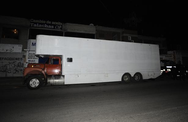 Detienen a dos por robo de combustible en Iztapalapa