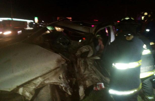 Muere al estamparse contra un árbol en la carretera 45 Norte