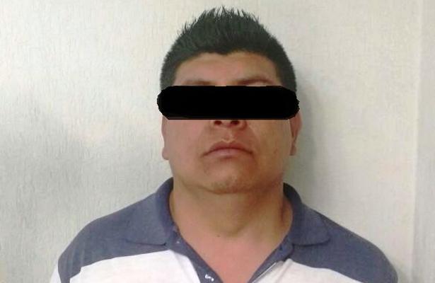 Detuvieron en Metepec a taxista por delito de robo