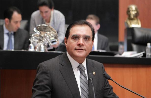 Denuncia Benjamín Robles actos de corrupción