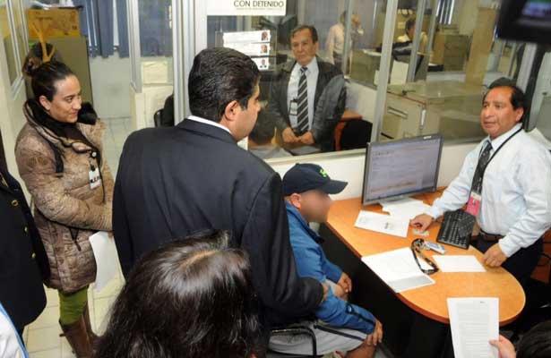 Supervisa Edmundo Garrido labores de servidores público de la CDMX