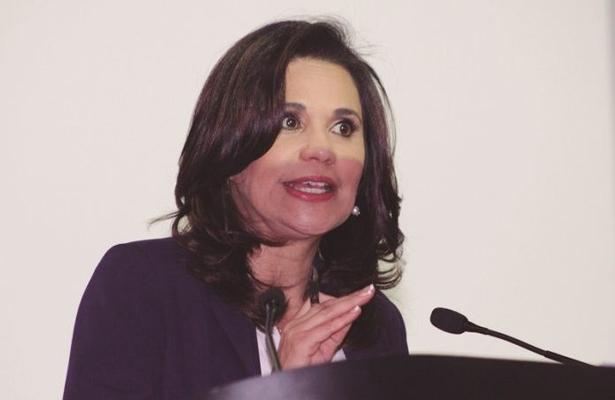 Otorga Permanente licencia a la senadora Blanca Alcalá Ruíz