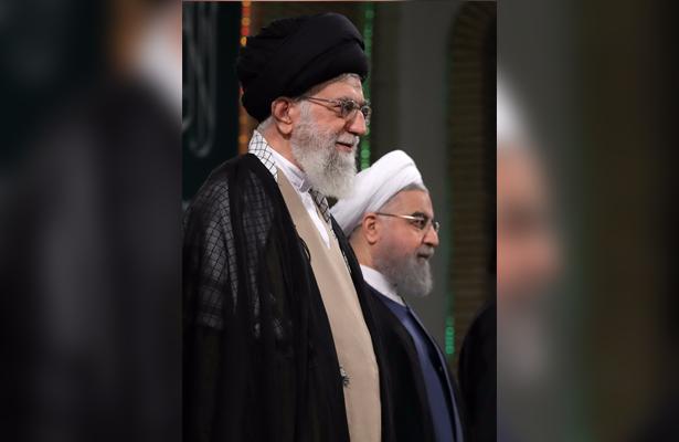 """El líder supremo Alí Jamenei solicita firmeza ante la """"arrogancia"""" de Estados Unidos"""