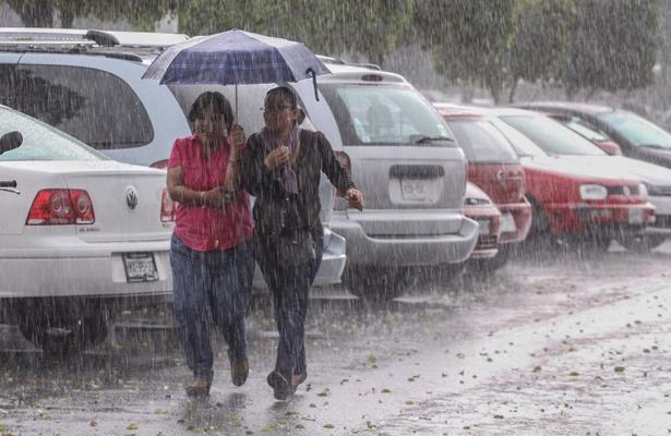 Activa CDMX alerta amarilla en 16 delegaciones por lluvia
