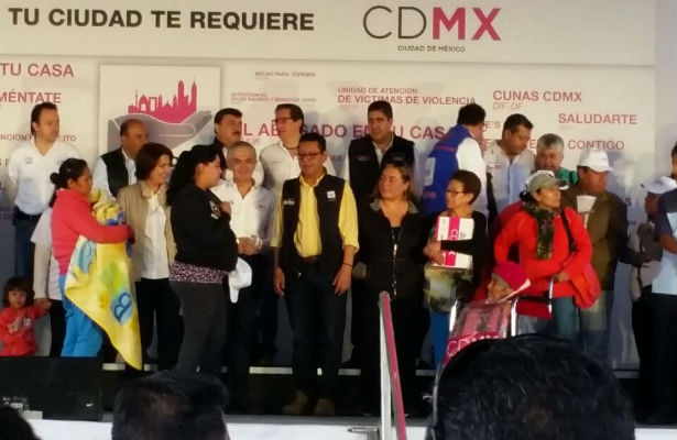 Inaugura Mancera Jornada Tu Ciudad Te Requiere en Iztacalco