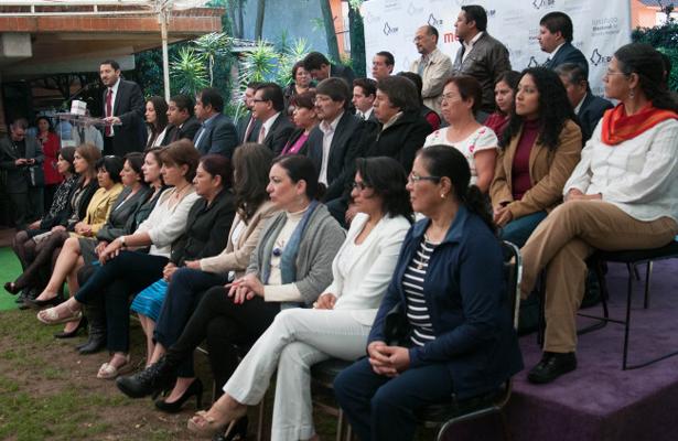FEPADE fomenta equidad de género en Querétaro