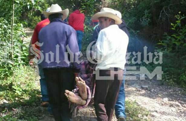 Empleado se quita la vida en el barrio de Cotlajalpa