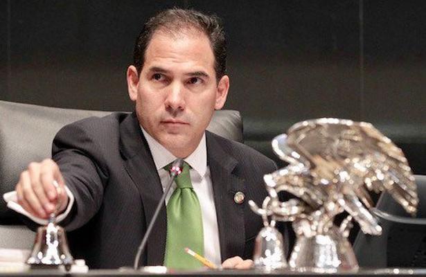 Se debe garantizar que no exista cobro de cuotas en escuelas: Pablo Escudero