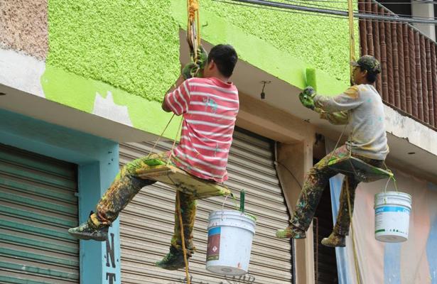 Inicia el programa de pintura de fachadas en Iztapalapa