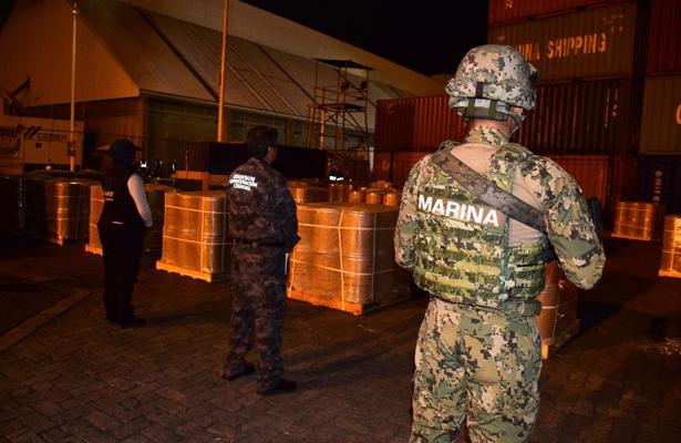 Aseguran 18mil kilos de precursor químico en Manzanillo