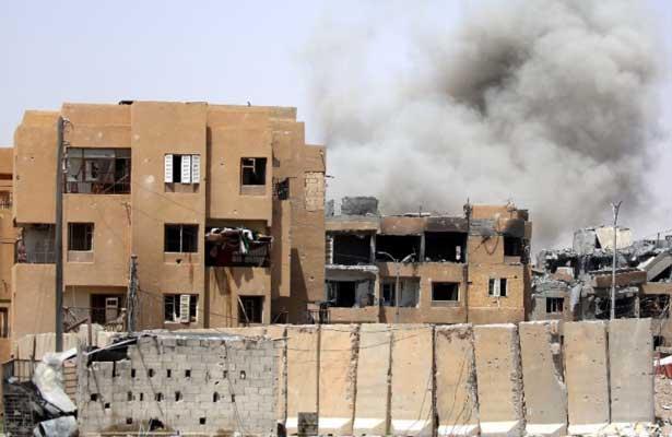 Bombardeos de la coalición en Siria deja casi 300 muertos en julio