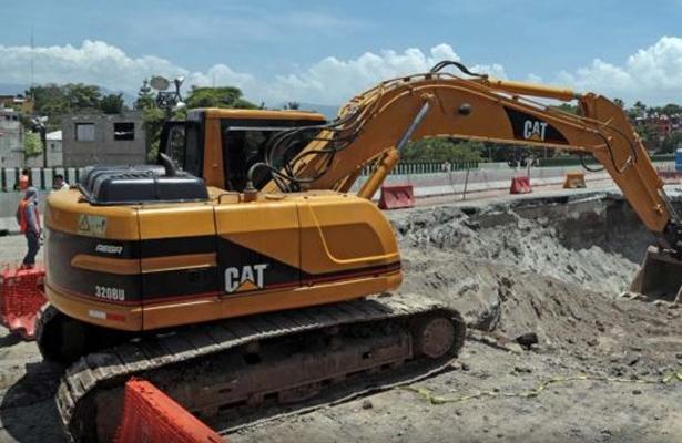Evade SCT su responsabilidad en el socavón del Paso Express