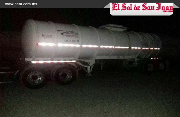 Sedena asegura camión huachicolero