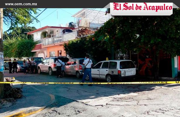 Ejecutados y abandonados dentro de un vehículo en Chilpancingo
