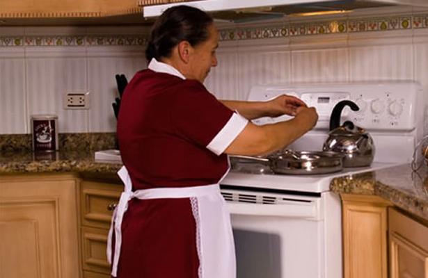 Nace primer contrato colectivo de trabajo para empleadas domésticas