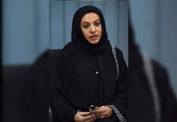 Rompen tabú en Arabia Saudí: mujeres podrán conducir automóviles