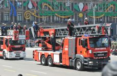 Participan bomberos en Desfile Militar