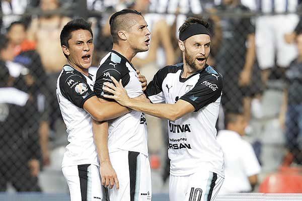 Querétaro empata a Monterrey de último minuto