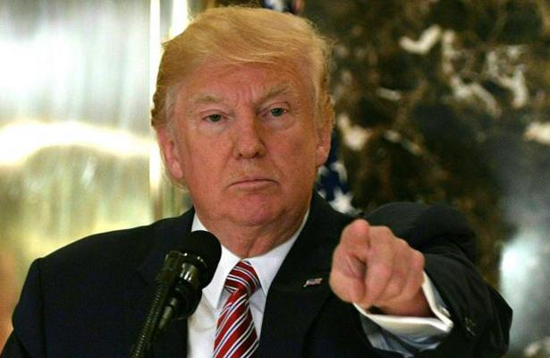 """Sin muro, no habrá apoyo a """"dreamers"""", advierte Trump"""