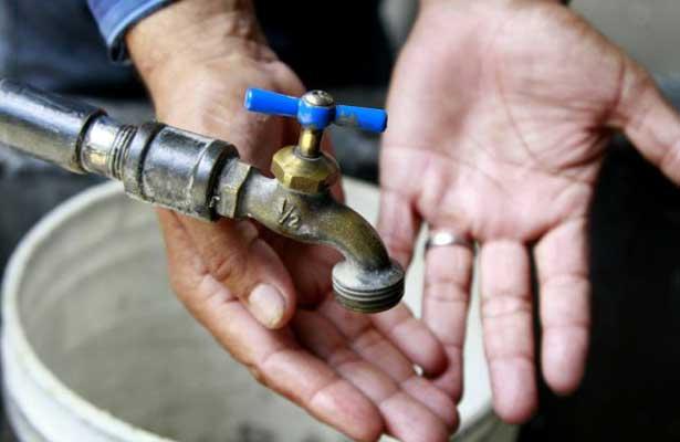 Desabasto de agua afecta a 90 mil personas en Neza