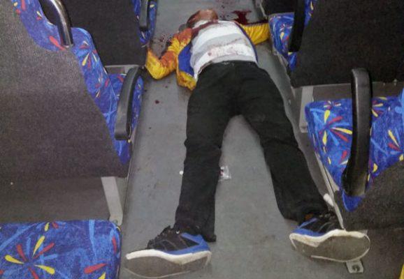Encuentran cuerpo sin vida de joven en transporte público