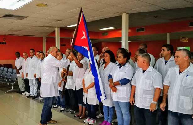 Brindan ayuda médicos cubanos a pobladores del Istmo