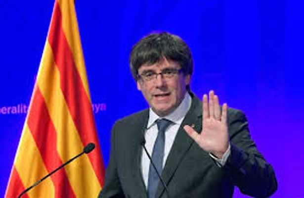 Líder catalán retrasa al martes su comparecencia en el Parlamento regional