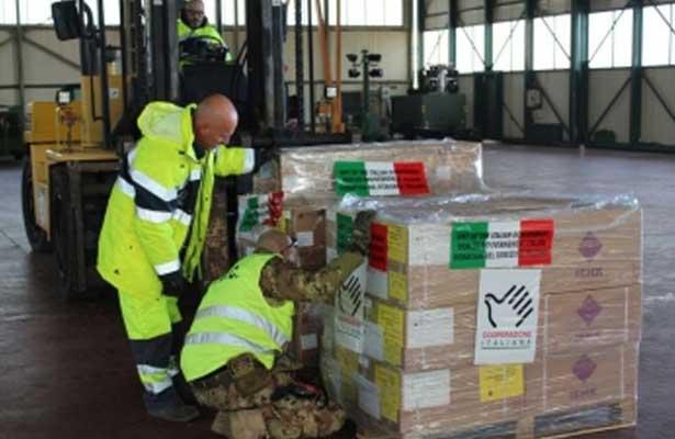 Italia envía 12 toneladas de ayuda a damnificados en México