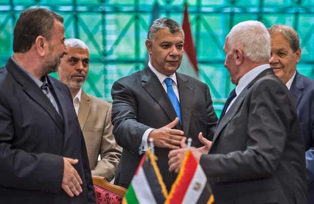 """El presidente palestino Mahmud Abás celebra """"el fin de la división palestina"""""""