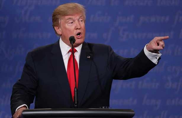 """Trump dice que atacante de Las Vegas era un """"enfermo"""", un """"loco"""""""