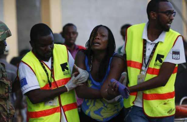 Ataque en universidad de Kenia deja dos muertos