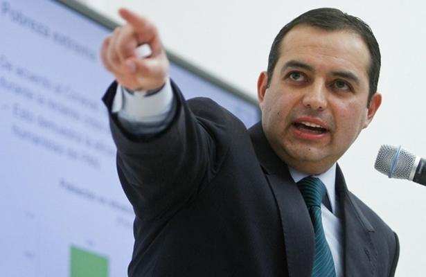 Llama Ernesto Cordero a la transparencia durante la reconstrucción