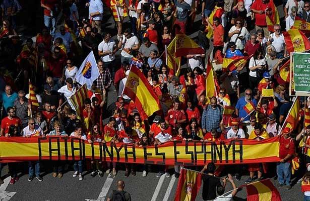 Reclaman miles de ciudadanos una España unida