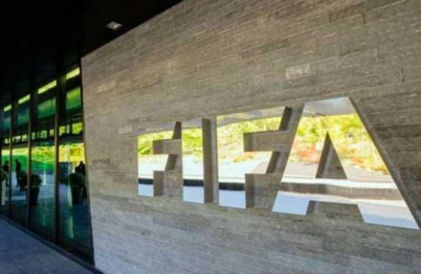 La FIFA hace su agosto