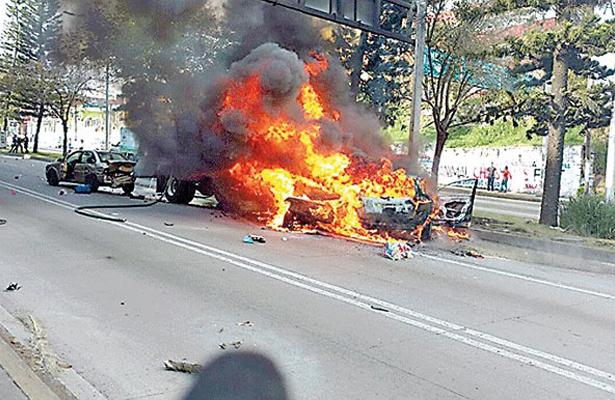Detienen a chofer que causó muerte de cuatro personas en accidente